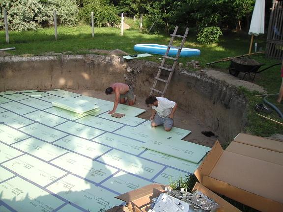 Zelf uw zwembad aanleggen cornerstone geeft u advies for Ingebouwd zwembad zelf maken