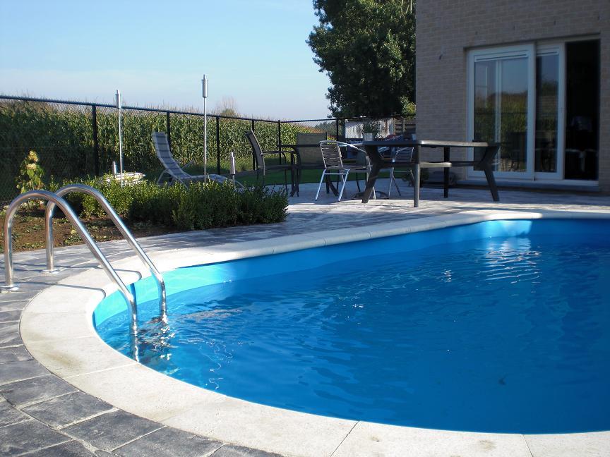 Zwembaden in alle soorten en maten bij cornerstone for Prijzen zwembaden geplaatst