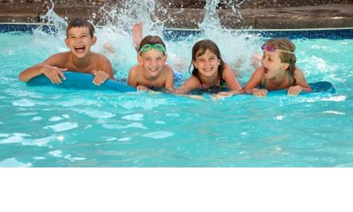 Polyester zwembaden ook bij cornerstone for Prijzen zwembaden geplaatst